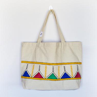 صورة HYL: حقيبة تحميل كانفس عريضة مزينة بالقط العسيري