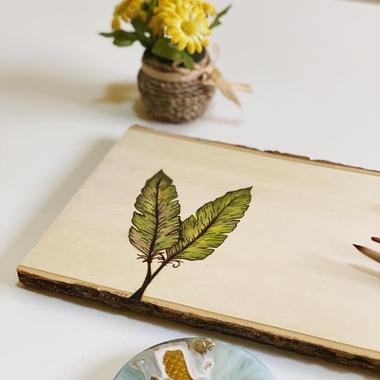 صورة لوحة خشب بالوان