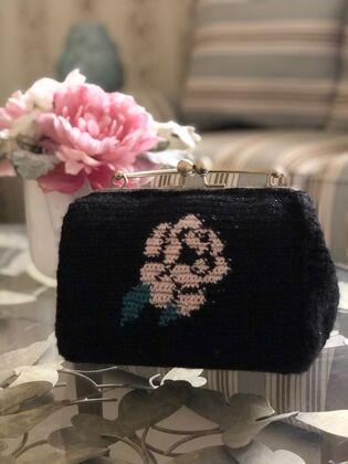 صورة حقيبة سوداء